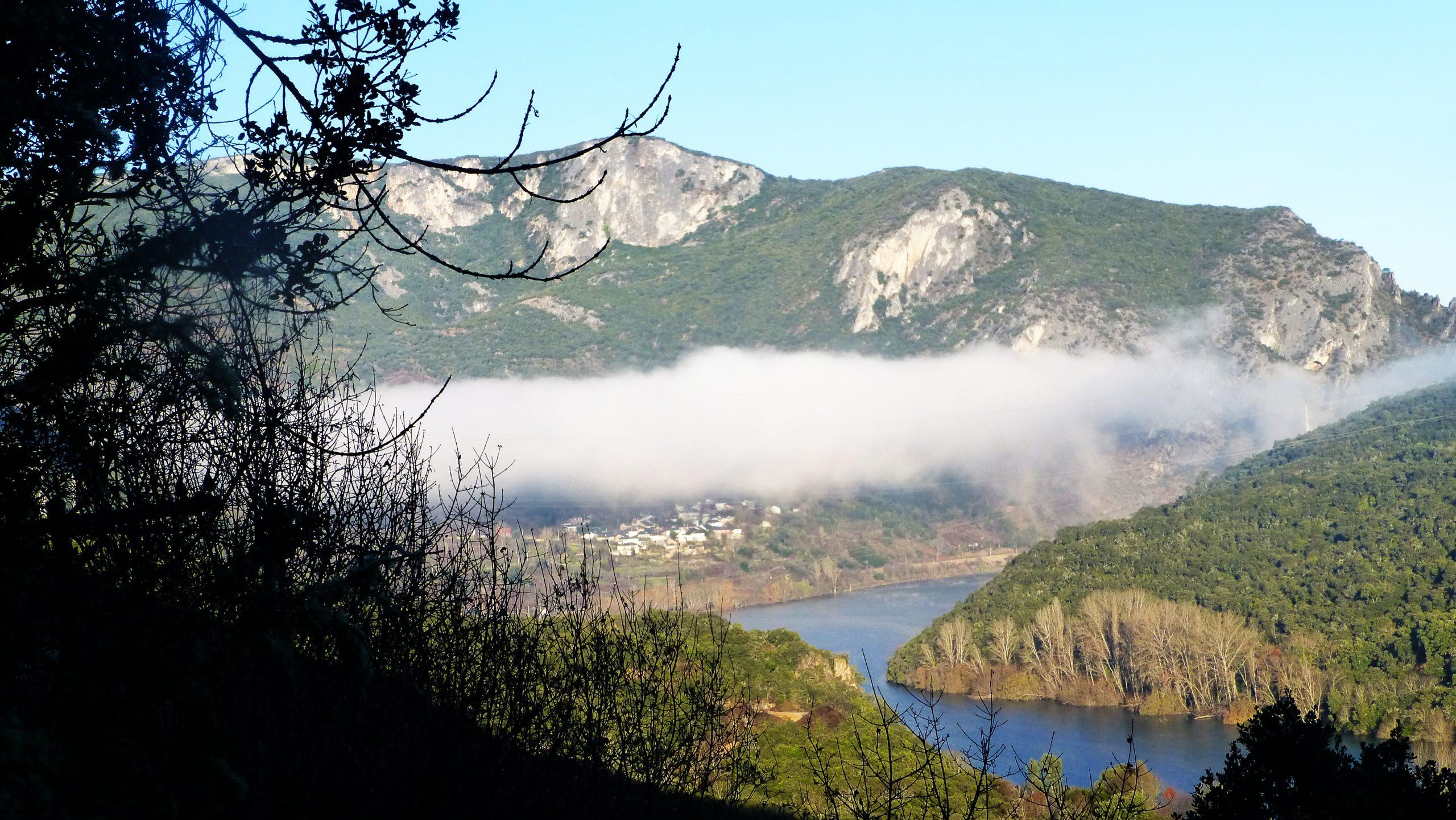 Estrecho de Covas-Serra da Enciña da Lastra